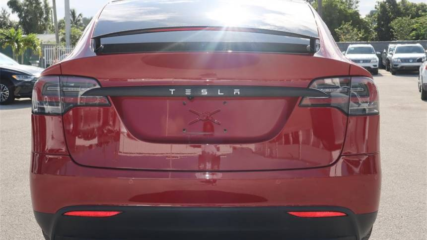 2019 Tesla Model X 5YJXCBE42KF192264