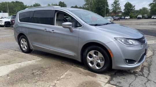 2020 Chrysler Pacifica Hybrid 2C4RC1L73LR100083