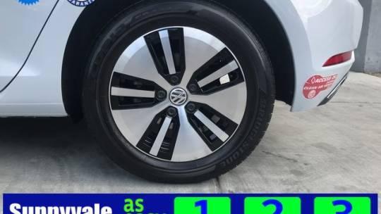 2018 Volkswagen e-Golf WVWKR7AU5JW907141