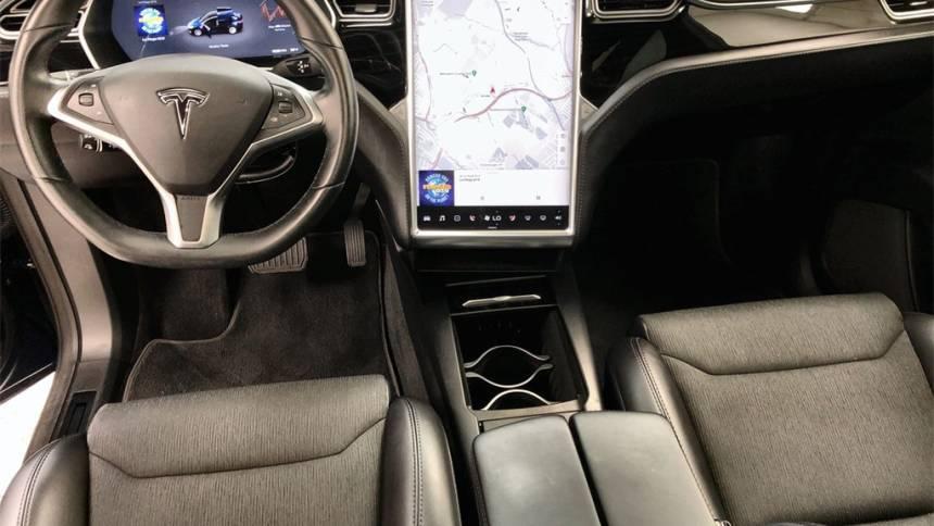 2018 Tesla Model X 5YJXCDE24JF088058