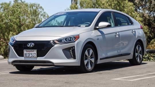 2018 Hyundai IONIQ KMHC75LD8JU104147