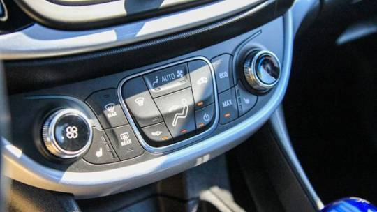 2018 Chevrolet VOLT 1G1RC6S55JU137450