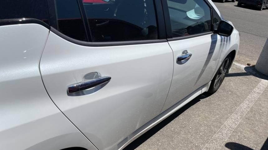2021 Nissan LEAF 1N4AZ1CV4MC554465