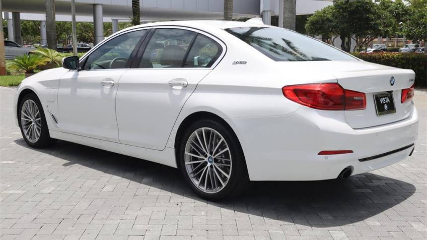 2018 BMW 5 Series WBAJA9C58JB251901