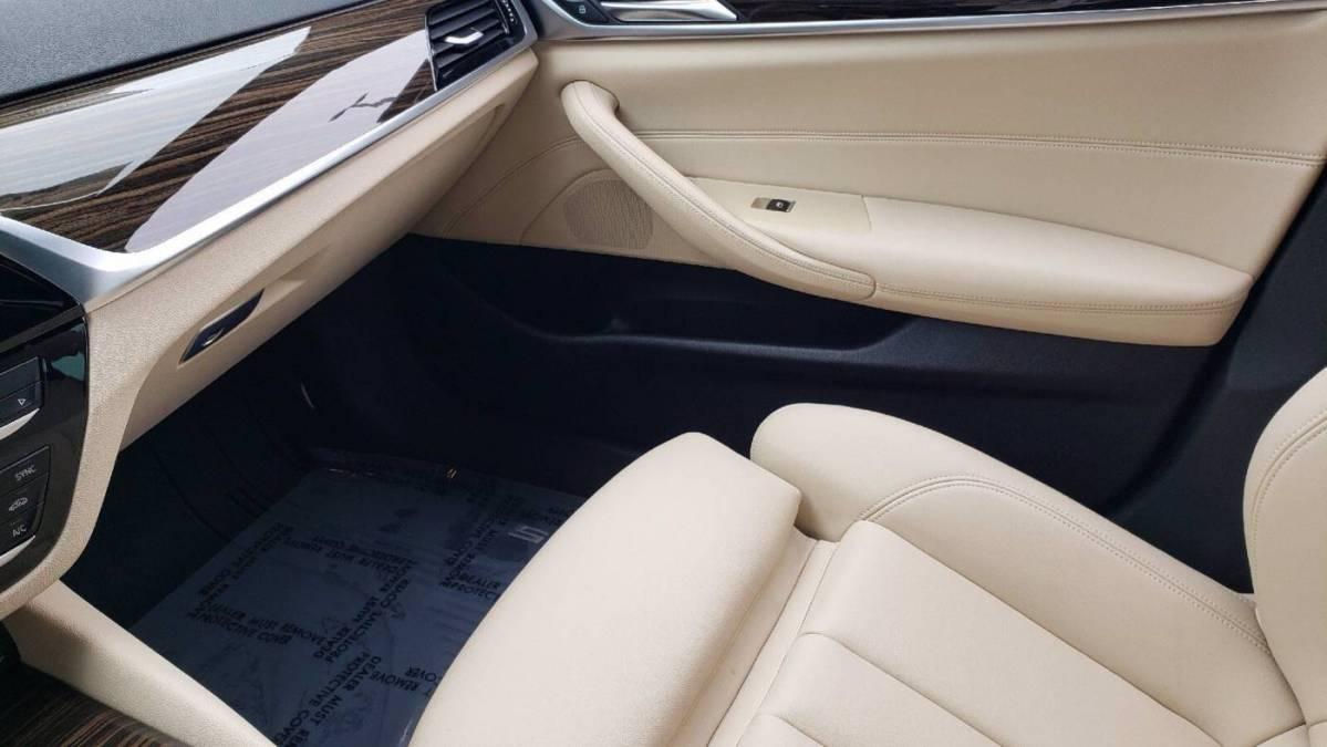 2019 BMW 5 Series WBAJA9C55KB388943