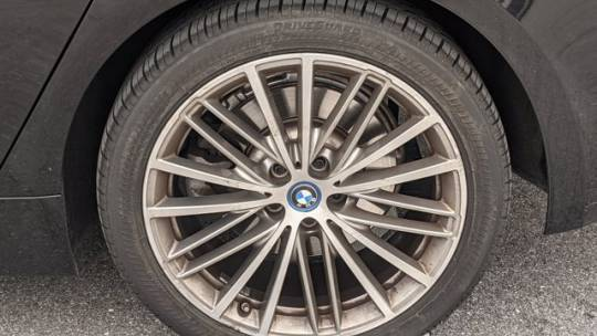 2018 BMW 5 Series WBAJA9C51JB249990