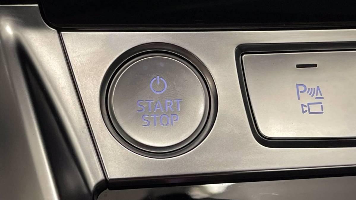 2020 Audi e-tron WA12ABGE3LB035704