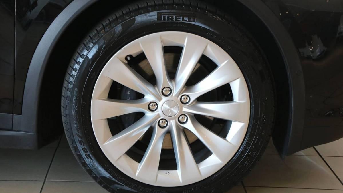 2017 Tesla Model X 5YJXCDE24HF057788