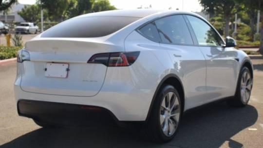 2021 Tesla Model Y 5YJYGDEE9MF072574