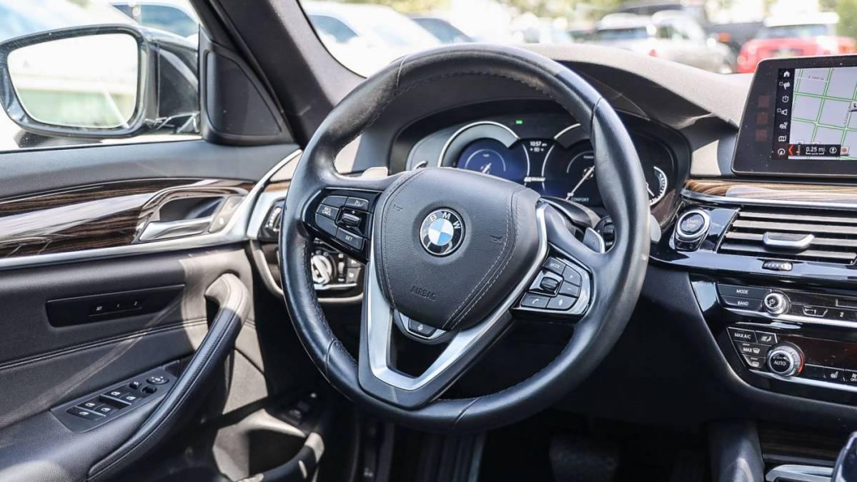 2018 BMW 5 Series WBAJA9C59JB249008