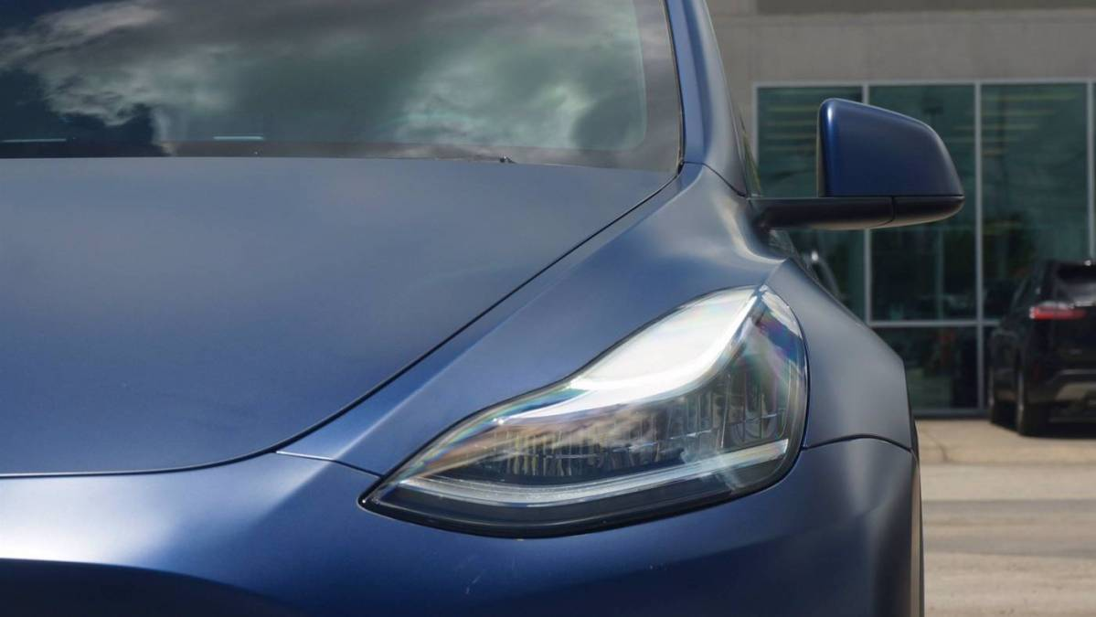 2020 Tesla Model Y 5YJYGDEE9LF018674