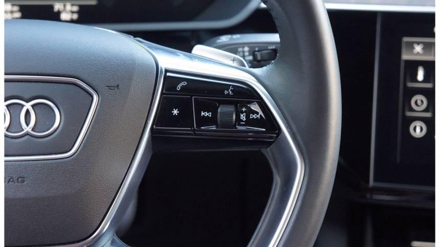 2019 Audi e-tron WA1VABGEXKB017874