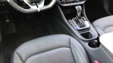 2018 Hyundai IONIQ KMHC75LD8JU103225