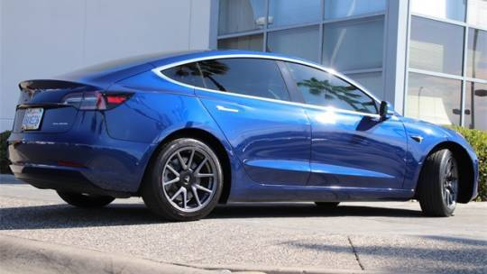 2019 Tesla Model 3 5YJ3E1EB3KF520843