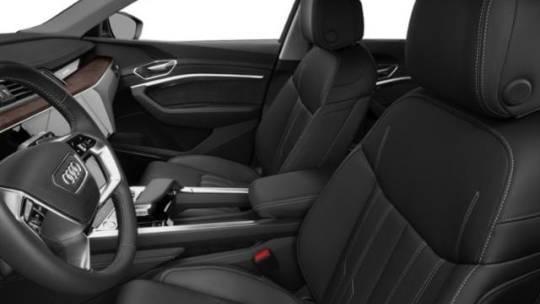 2019 Audi e-tron WA1VAAGE4KB022515