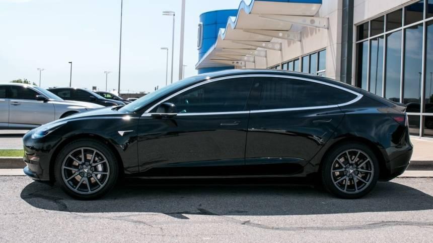 2019 Tesla Model 3 5YJ3E1EB6KF208659