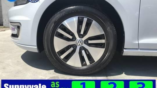 2018 Volkswagen e-Golf WVWKR7AUXJW907460