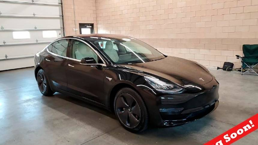 2018 Tesla Model 3 5YJ3E1EA8JF155226