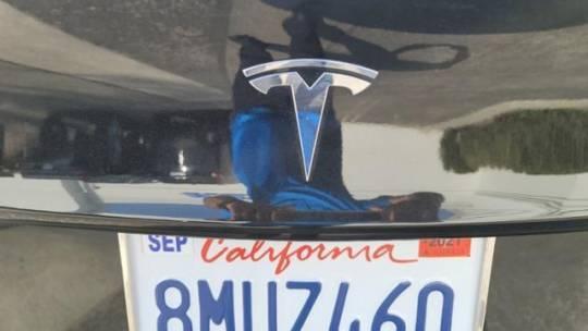 2018 Tesla Model 3 5YJ3E1EA3JF063389