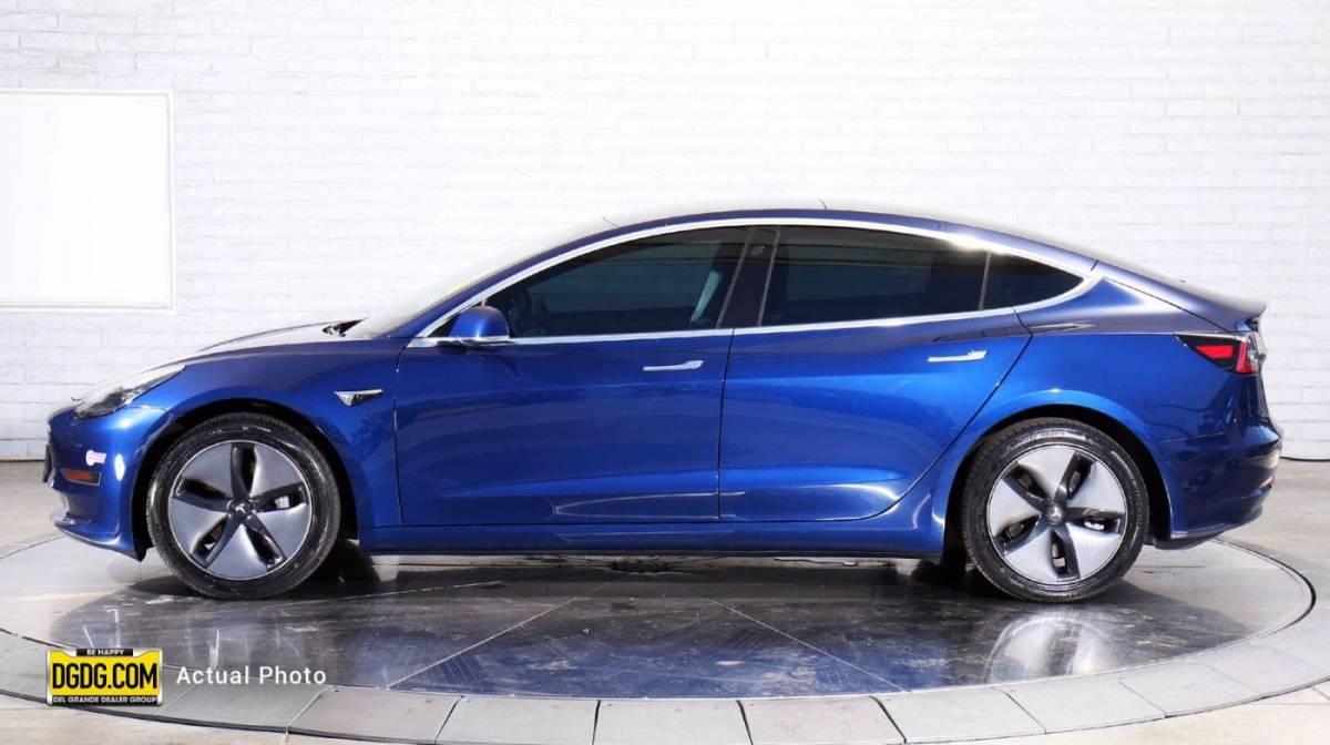 2019 Tesla Model 3 5YJ3E1EA5KF309327