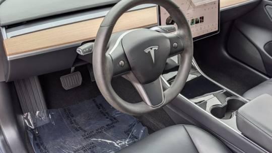 2019 Tesla Model 3 5YJ3E1EA8KF483425