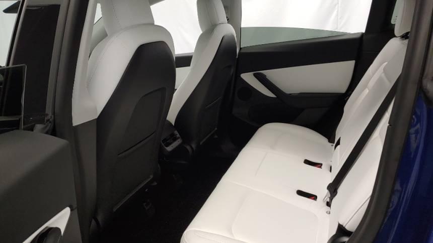 2020 Tesla Model Y 5YJYGDEE2LF049376