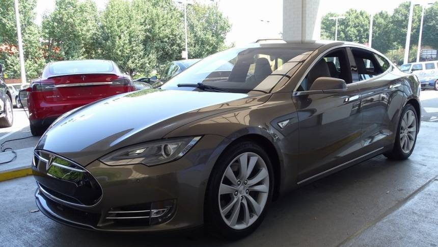 2015 Tesla Model S 5YJSA1E21FF115027