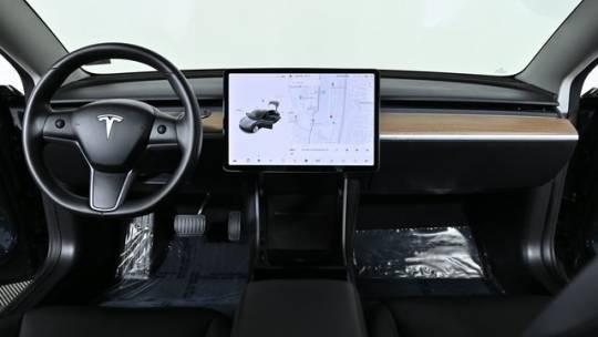 2019 Tesla Model 3 5YJ3E1EA7KF300757