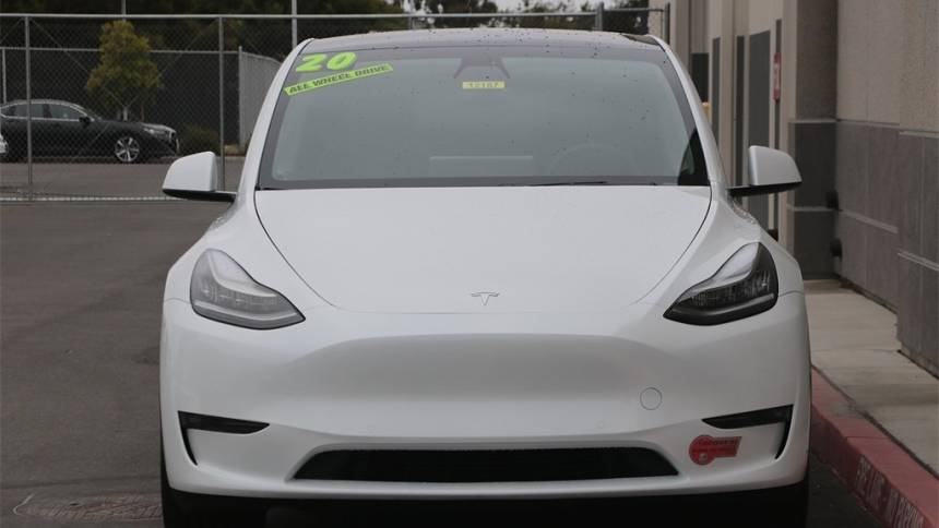 2020 Tesla Model Y 5YJYGDEE3LF028343