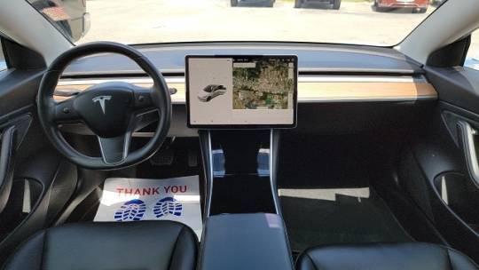 2019 Tesla Model 3 5YJ3E1EB5KF388068