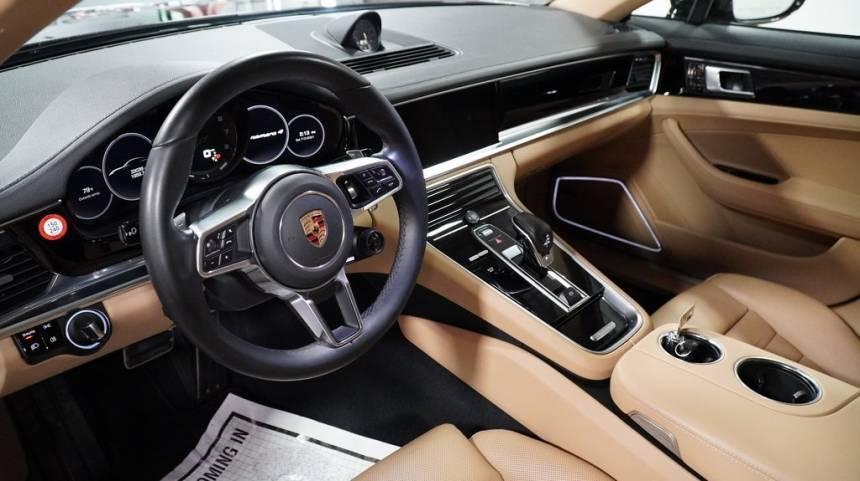 2018 Porsche Panamera WP0AE2A77JL130130