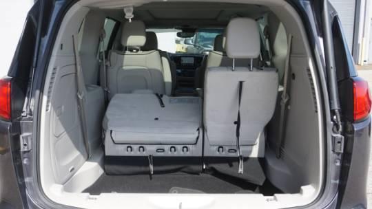 2018 Chrysler Pacifica Hybrid 2C4RC1N71JR339724