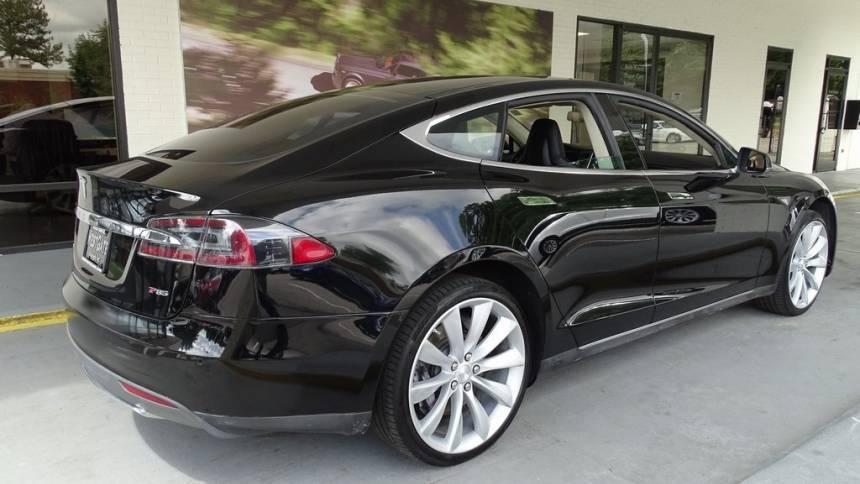 2013 Tesla Model S 5YJSA1DP7DFP26271