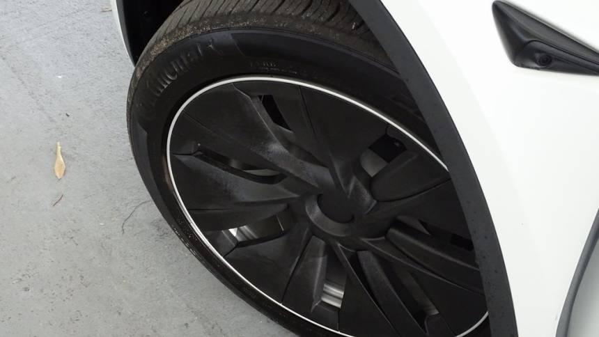 2020 Tesla Model Y 5YJYGDEF1LF005846