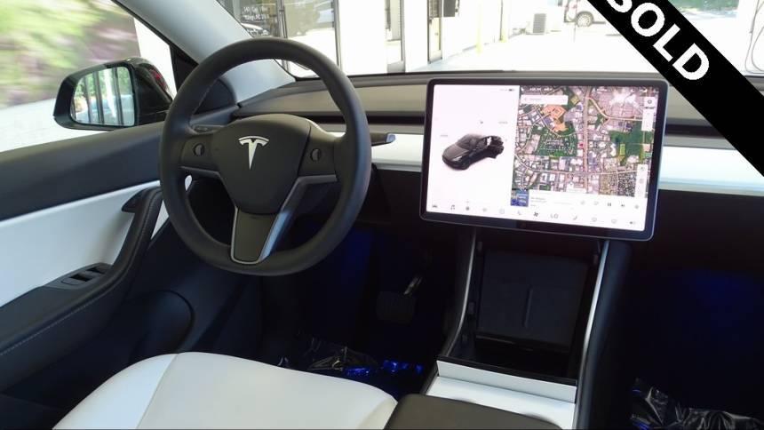2021 Tesla Model Y 5YJYGDEE5MF103268