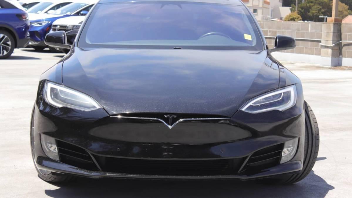 2018 Tesla Model S 5YJSA1E43JF236460
