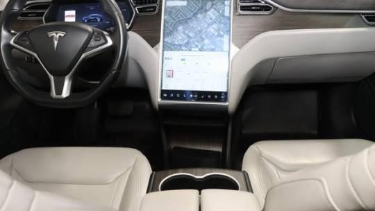 2015 Tesla Model S 5YJSA1S26FF097869