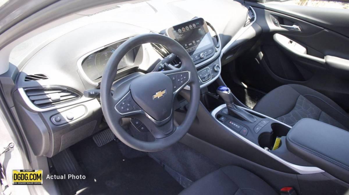 2018 Chevrolet VOLT 1G1RC6S51JU157548
