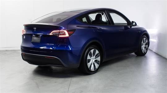 2021 Tesla Model Y 5YJYGDEE5MF074919