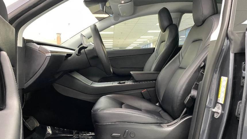 2020 Tesla Model Y 5YJYGDEEXLF030106