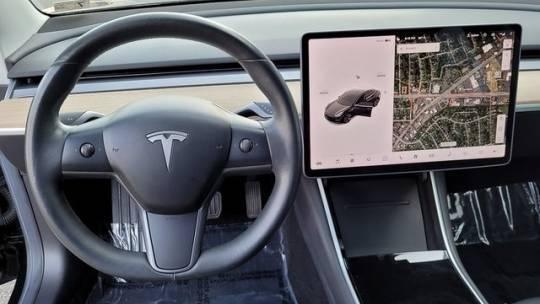 2018 Tesla Model 3 5YJ3E1EA3JF026424