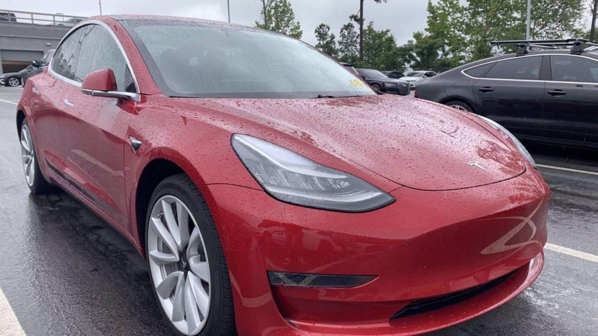2018 Tesla Model 3 5YJ3E1EA8JF015516