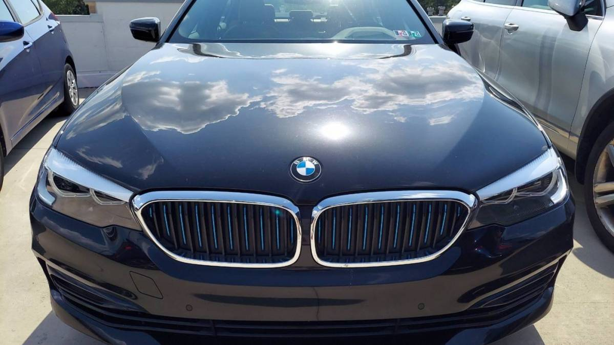 2018 BMW 5 Series WBAJB1C53JB375010