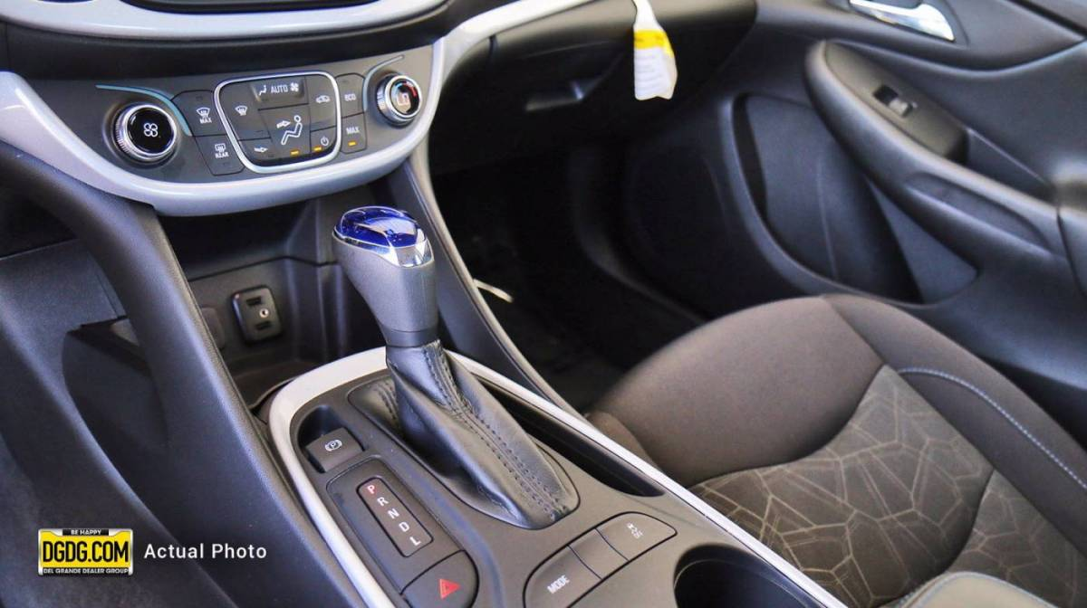2018 Chevrolet VOLT 1G1RC6S53JU149130