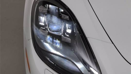2019 Porsche Panamera WP0AE2A77KL123390