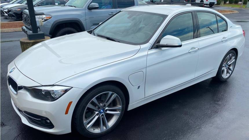 2017 BMW 3 Series WBA8E1C31HA156633
