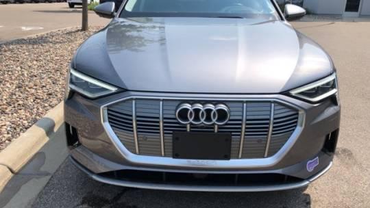 2019 Audi e-tron WA1VAAGE5KB010096