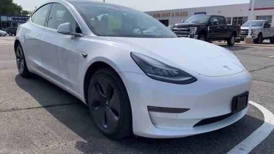 2019 Tesla Model 3 5YJ3E1EA3KF302067