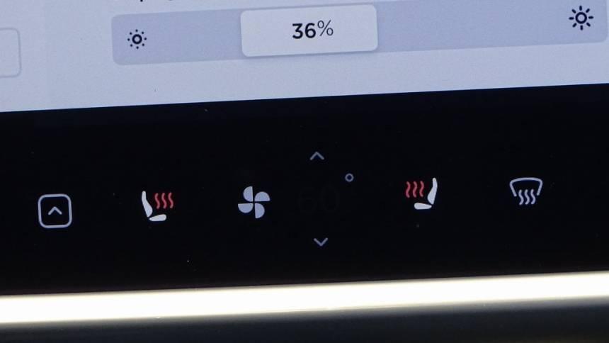 2016 Tesla Model S 5YJSA1E14GF120635