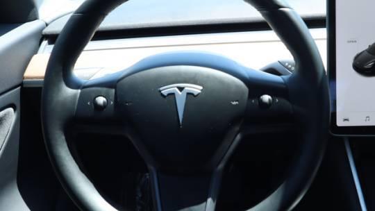 2018 Tesla Model 3 5YJ3E1EA4JF042129